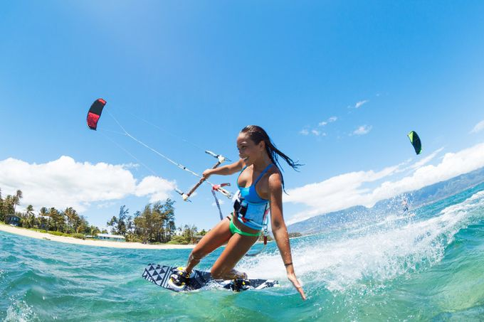 KITE SURFING LESSONS